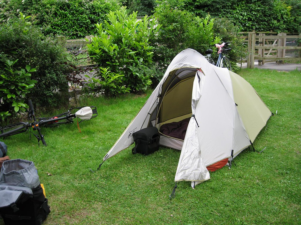 New Mountain Hardwear Helion 2 tent all set up