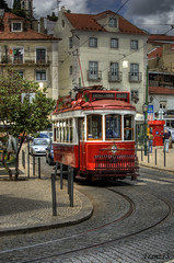 Colinas de Lisboa (franz75) Tags: portugal electric d50 nikon lisboa lisbon sightseeing tram carris hdr lisbona portogallo elettrico ilustrarportugal