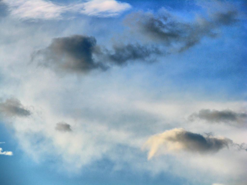 Smoke vs Clouds