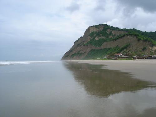 Ecuador-Beach-San Clemente