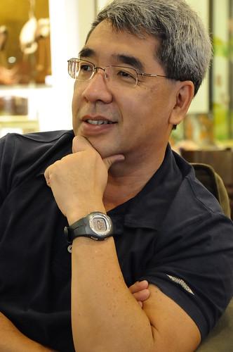 ISO3200, full-sized Nikon D90 portrait shot of John Ishii at Starbucks DSC_0010