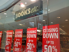 Books etc. Canary Wharf - Closing Down