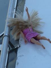 Suicidio en el Delta (Sergio_De) Tags: rio lost barco barbie delta muerte rubia isla lancha tonta intento mueca suicidio martingarcia