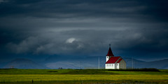 DER1479_3 (artzubi) Tags: church iceland islandia eliza fiatlux snaefellsnes flickraward ysplix vftw fbdg goldstaraward flickrlovers 100commentgroup heavenlycaptures