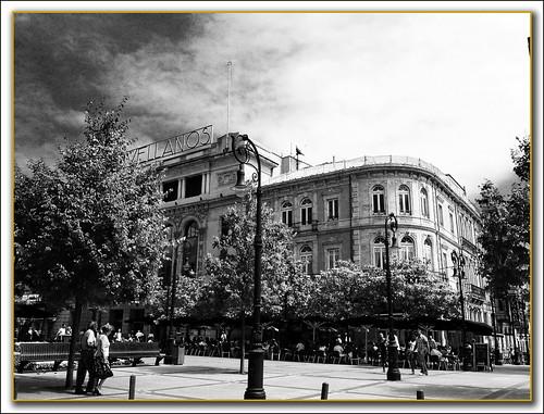 Teatro Jovellanos y Gran Café Dindurra de Gijón