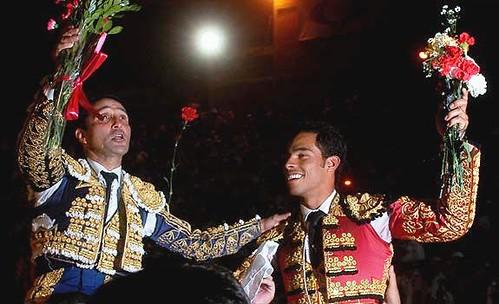 César Rincón y Luis Bolívar a hombros