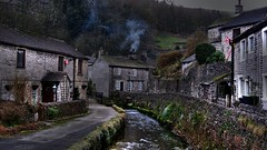 Castleton (Nala Rewop) Tags: winter river walking nationalpark stream village derbyshire peakdistrict fires cottages castleton peverillcastle