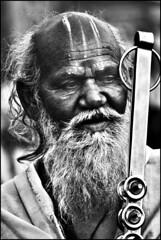 Holy Man (by Ananda Niyogi)