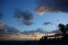 Seaside Sunset (mrhayata) Tags: sunset sea sky cloud japan geotagged bay blog highway   kanagawa   shonan interchange tollgate   ninomiya    parkingarea     mrhayata  geo:lon=139233481 geo:lat=35287281