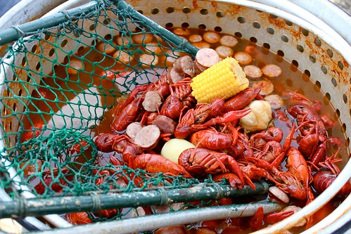 A Crawfish Boil (Plus: How To Eat A Crawfish) - The Amateur