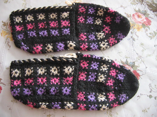 Turkish slippers (patik) by ounseli.