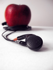 iApple. (*northern star) Tags: red music food white black apple fruit canon cutout ipod dof creative mp3 zen concept melinda conceptual frutta bianco nero cibo headphone mela cuffie northernstar shinigami donotsteal allrightsreserved northernstarandthewhiterabbit northernstar usewithoutpermissionisillegal northernstarphotography ifyouwannatakeitforpersonalusesnotcommercialusesjustask