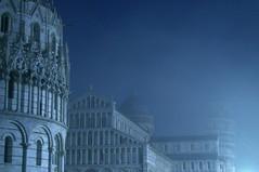 fog in Pisa  [reloaded mostra] (ste 71) Tags: mostra pisasocialclub pisasocialevent maggio2008 atriocomunepisa