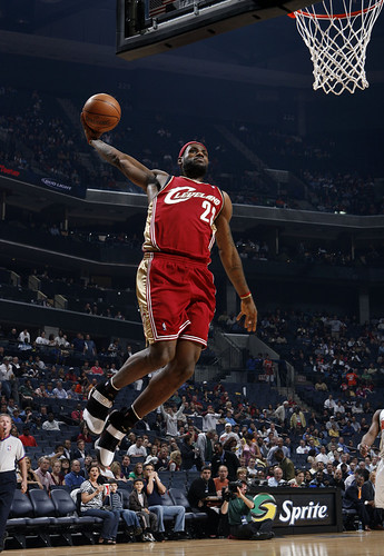 lebron james dunk wallpaper. CAVS_BOBCATS LeBron dunk