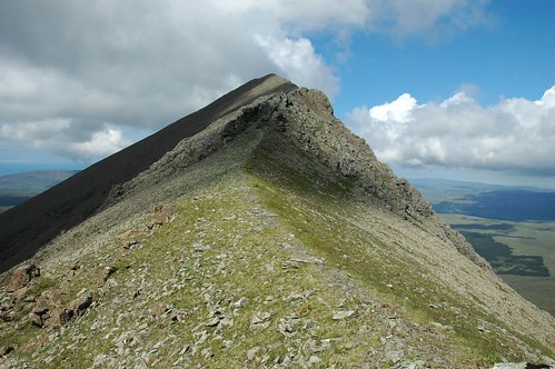 Narrow crest up to Sgurr Thuilm