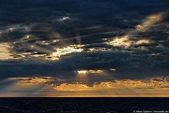 Morning sky at Mrket (taivasalla) Tags: sea sky cloud water clouds suomi finland geotagged sweden horizon balticsea baltic rays meri beams vesi itmeri aland land pilvi pilvi taivas ahvenanmaa ruotsi nikond200 gulfofbothnia terrascania horisontti alandislands pohjanlahti landislands ahvenanmeri mrket selkmeri bothniansea pilvisteit