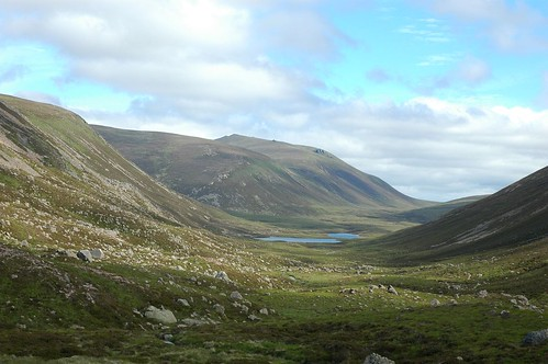 Lairig an Laoigh leading to Bynack More