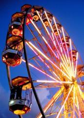 ferris wheel (laurabillings) Tags: wheel big ferris 2008 funfair lovebox project365 project366 project3662008
