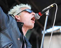 "GBH - Colin ""Col"" Abrahall (Kevin Baldes) Tags: canon punk photos fear warpedtour punkrock thebronx concertphotography afi againstme gbh tsol everytimeidie thevandals thegerms revolutionmother bigdrillcar huntersrevenge"