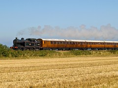 N7 with Quad Arts (Gerry Balding) Tags: england train norfolk railway steam locomotive gala coaches eastanglia tankengine 062 n7 northnorfolkrailway weybourne uksteam 69621 quadarts