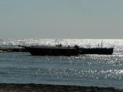 Salento terra magica (*Blunight 72*) Tags: light sea sun sunlight reflection beach water silhouette silver mare magic romantic sole acqua seashore riflessi salento luce magia argento spiagia luccichio blunight72 panasoniclumixdmcfz18