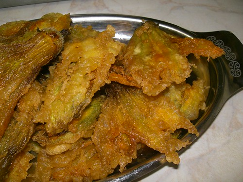 fried zucchini pumpkin vine flowers