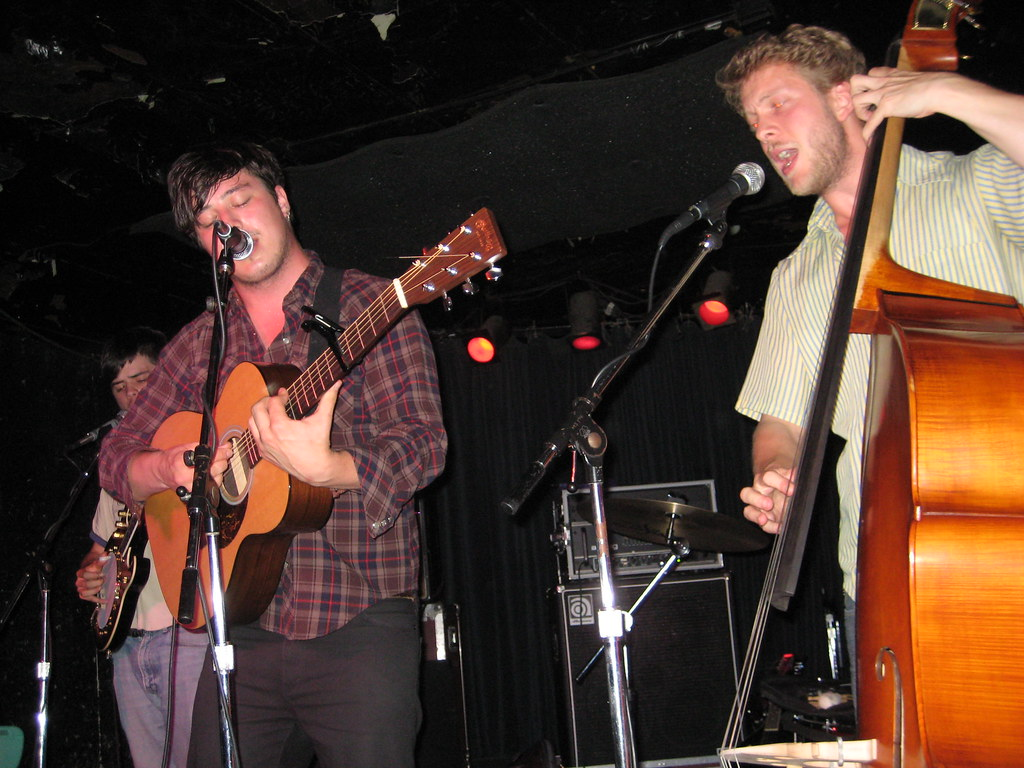 Mumford and Sons in Minneapolis 9/21/08 @ 400 Bar