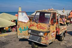 Beach car-6129 (Arie van Tilborg) Tags: strand scheveningen denhaag terras borabora tomotterness beeldenaanzee sprookjes sgravenhage sprookjesbeeldenaanzee tilborg arievantilborg tlbdemonnl avantilborg avtilborg