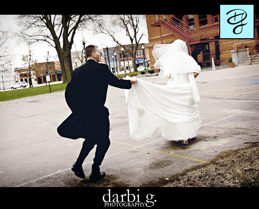 16Darbi G Photography wedding photographer missouri-run