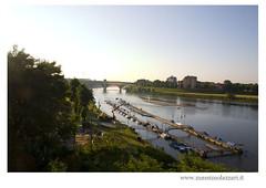 "Pavia ""ponte coperto"" (Foto Massimo Lazzari) Tags: ticino pontevecchio pavia imbarcadero barcche fotomaxpv"