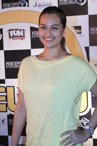 Sonakshi Sinha photo