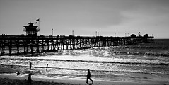 San Clemente Beach Trail - SC Pier (Terry.Tyson) Tags: bw pier hiking sanclemente beachtrail