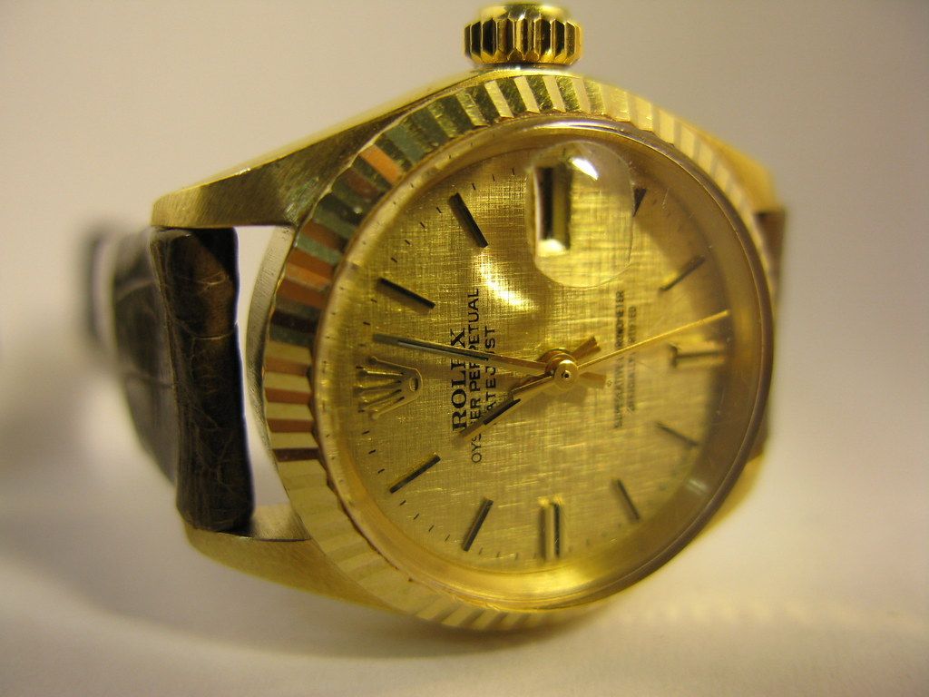 post pics of your gold colored watches