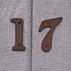 number 17 (Leo Reynolds) Tags: xsquarex number numberproperty 17 canon powershot sx10 is 001sec f45 iso200 276mm 0ev grouppropertynumbers seventeen xleol30x hpexif xratio1x1x xxx2009xxx 10s xxxtensxxx
