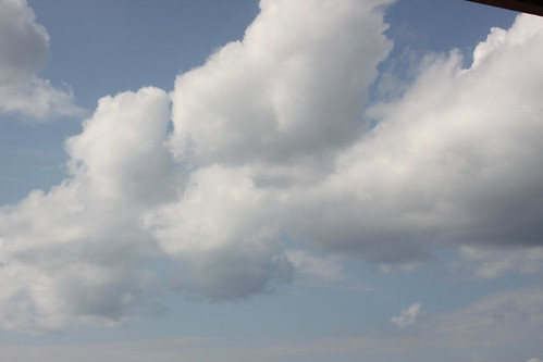 """Nubes • <a style=""""font-size:0.8em;"""" href=""""http://www.flickr.com/photos/30735181@N00/3247558277/"""" target=""""_blank"""">View on Flickr</a>"""