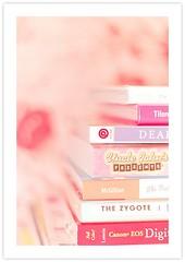 iRead (* Ana.Guerrero *) Tags: pink canon books canoneos canon400d