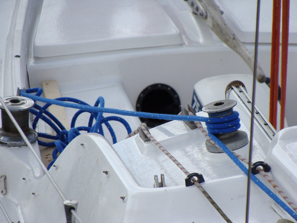 we used the winch to gentle ease the mast down.
