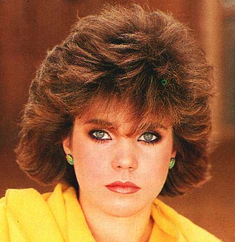 hairstyles weave side part : ... by Decade: Top Iconic Movie Stars (version 80s) - Oh No They Didnt