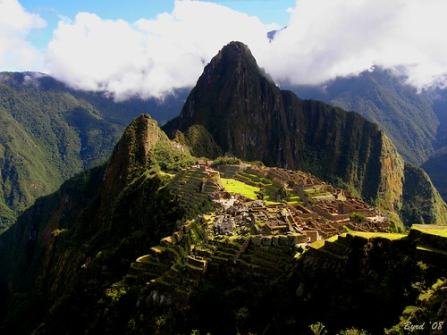 Spotlight on the Lost City of the Incas - Machu Picchu