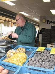 Haagse Markt Potato stall