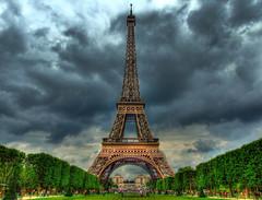 Torre Eiffel Nebulosa (Pedro Cavalcante) Tags: finepix supershot s6500 s6500fd abigfave platinumphoto finepixs6500 pedrocavalcante