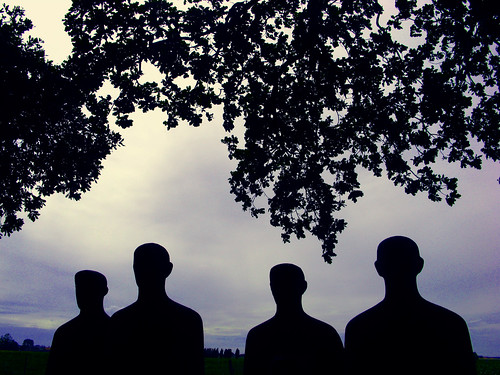 The Mourning Soldiers, sculpture by Emil Krieger. Photo by Moose2 on Flickr.