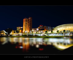 Adelaide River Torrens - Night Shot (Artie | Photography :: I'm a lazy boy :)) Tags: colour reflection night photoshop canon cityscape colours nightshot cs2 south tripod kitlens australia adelaide hyatt 1855mm efs conventioncentre artie lightings rivertorrens spectnight singleraw 400d rebelxti guasdivinas