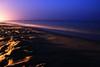 Noche de verano (Blanca M.) Tags: blue sea luz beach azul canon 350d noche mar huelva playa arena blanca verano martinez antilla islantilla blankita blancamartinez blantree3