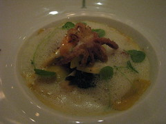 Daniel: Fennel basil ravioli with littleneck clam emulsion (close up)