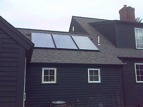 5.7 kW Three solar panel solar hot water system for residential use