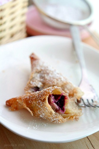 Fried Blueberry Cream Cheese Pie 2