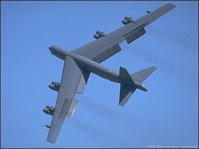 Airplane picture - B-52