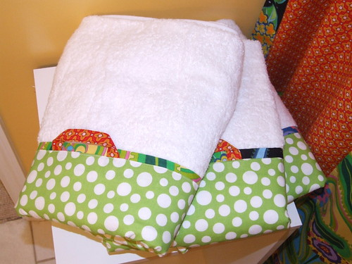 fabric trimmed towels w/hanging loops