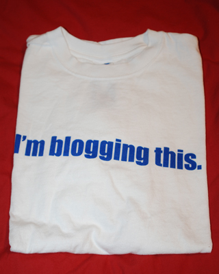 """I'm Blogging This"" T-Shirt Found in BenSpark's Big Box of Awesome!"